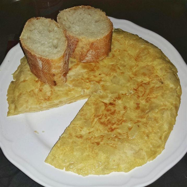 Torttilla de patatas con pan