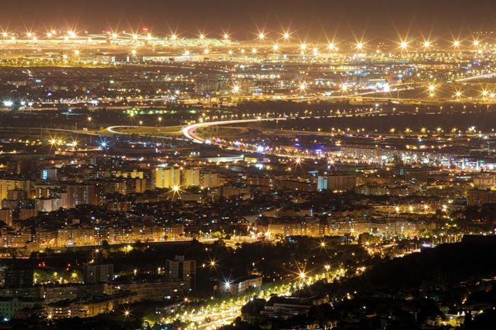 Barcelona de noche ilumnada