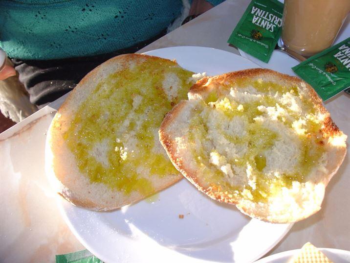 Que desayunan los españoles.Tostadas